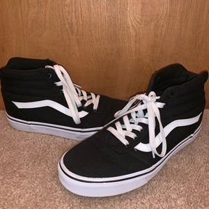 Vans blk canvas high top Sz. 10